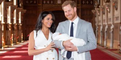 Le foto del principe Harry e Meghan Markle con il loro primo figlio