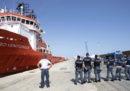 I 62 migranti soccorsi dal rimorchiatore italiano Asso 25 sono sbarcati a Pozzallo