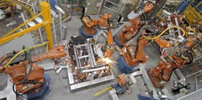 Ad aprile la produzione industriale italiana è scesa dello 0,7 per cento rispetto a marzo