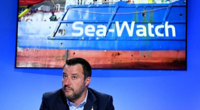 Matteo Salvini ha chiesto alla Sea Watch 3 di riportare in Libia i 52 migranti soccorsi ieri