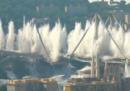 Il video dell'esplosione per la demolizione del ponte Morandi