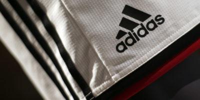 Adidas perde la battaglia del marchio con le 3 righe