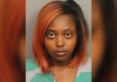 In Alabama, una donna incinta che era stata ferita alla pancia da un proiettile è stata incriminata per la morte del suo feto