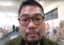 L'artista dissidente cinese Badiucao ha rivelato per la prima volta il suo volto