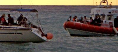 59 migranti partiti dalla Turchia a bordo di una barca a vela sono sbarcati vicino a Crotone