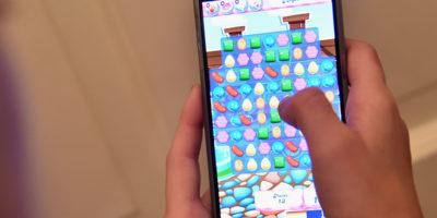 Nove milioni di persone giocano a Candy Crush Saga per almeno tre ore al giorno