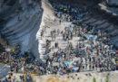 Centinaia di ambientalisti hanno occupato una miniera di carbone in Germania