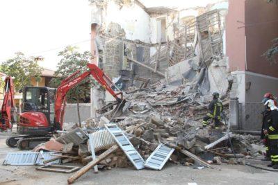 È crollata una palazzina a Gorizia: ci sono tre morti