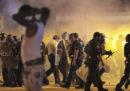 Ci sono stati scontri tra manifestanti e polizia a Memphis, dopo l'uccisione di un uomo da parte di alcuni agenti