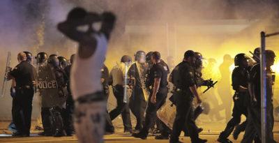 Usa, polizia uccide 20enne afroamericano: scontri a Memphis