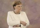 Angela Merkel ha di nuovo avuto un tremore durante un'occasione pubblica