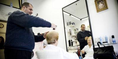 Istat: occupazione stabile ad aprile Forte aumento tra gli ultracinquantenni