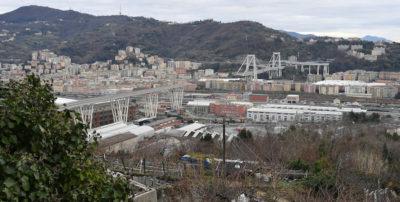 """Repubblica dice che un documento del 2014 aveva avvertito Autostrade per l'Italia del """"rischio crollo"""" del ponte Morandi"""