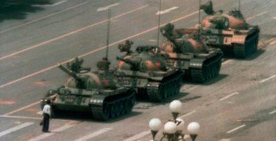 Non abbiamo mai saputo chi fosse il manifestante di piazza Tienanmen