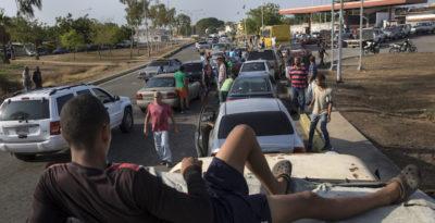 Il Venezuela sta finendo il carburante