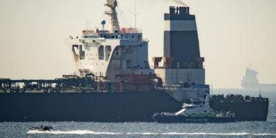 Navi iraniane tentano di sequestrare una petroliera britannica nello Stretto di Hormuz