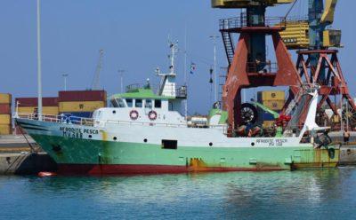 Libia, sequestrato peschereccio italiano. Moavero: