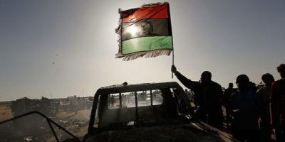 Libia, liberi i 350 migranti sopravvissuti al bombardamento