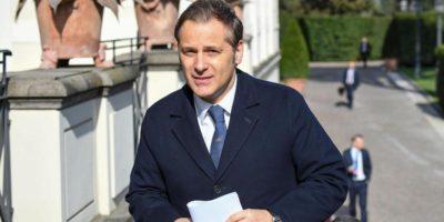 Il senatore leghista Armando Siri è indagato a Milano per autoriciclaggio, scrive Repubblica