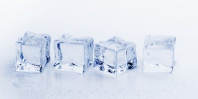 Il cubetto di ghiaccio perfetto esiste, se sai come farlo