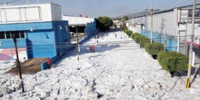 Le FOTO della tempesta di grandine che ha ricoperto di bianco Guadalajara