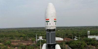 L'Agenzia spaziale indiana (ISRO) ha riprogrammato per il 22 luglio il lancio della sua seconda missione lunare