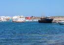 48 migranti sono arrivati a Lampedusa a bordo di un barcone