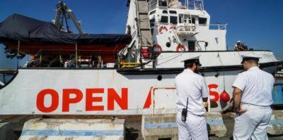 La nave Open Arms può entrare in Italia