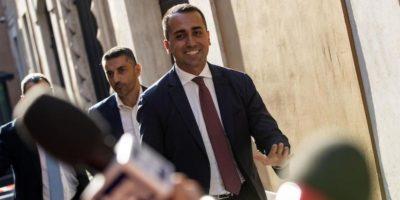 Trattativa Pd-M5s appesa a un filo: Di Maio insiste per Conte premier