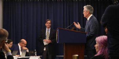 La Federal Reserve ha abbassato i tassi di interesse, per la prima volta in 11 anni