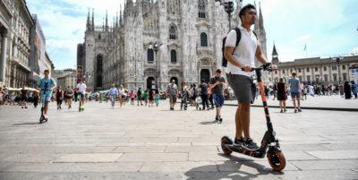Le nuove regole sui monopattini elettrici a Milano