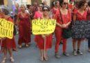 Il sindaco leghista di Pisa ha revocato l'incarico al criticato assessore colpevole di stalking