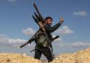 I curdi siriani hanno iniziato a ritirarsi dai loro avamposti al confine turco siriano a seguito di un accordo tra Turchia e Stati Uniti