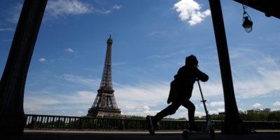 Le società di monopattini si danno da fare per non essere cacciate da Parigi