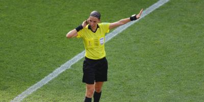 Stephanie Frappart sarà la prima donna ad arbitrare una finale maschile della UEFA