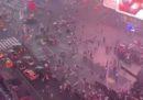 Martedì sera a Times Square c'è stato un momento di panico collettivo quando il rumore di alcune motociclette è stato scambiato per una sparatoria