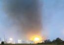 C'è stata un'esplosione nella raffineria dell'Eni di Sannazzaro de' Burgondi, in provincia di Pavia