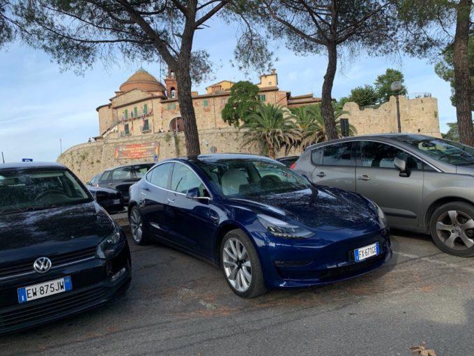 Tesla Model 3 Castiglione del lago (Foto © Antonio Dini)