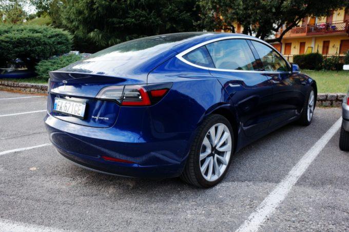 Tesla Model 3 bye bye (Foto © Antonio Dini)