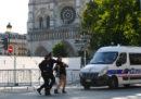 È iniziato a Parigi il processo contro cinque donne accusate di aver provato a fare esplodere un'autobomba vicino a Notre Dame