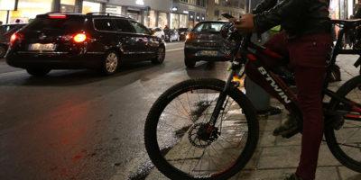 La procura di Milano ha aperto un'indagine conoscitiva sui riders