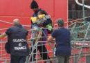 I 182 migranti a bordo della nave Ocean Viking sono sbarcati a Messina