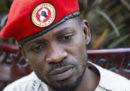 Il cantante e oppositore politico ugandese Bobi Wine è sfuggito a un tentativo di arresto