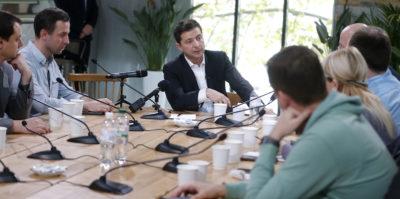 Il presidente ucraino Volodymyr Zelensky ha tenuto una conferenza stampa speciale di 14 ore