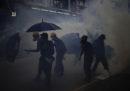 Un attivista pro-democrazia è stato accoltellato a Hong Kong