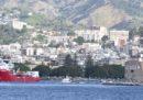 I 176 migranti a bordo della nave Ocean Viking sbarcheranno a Taranto