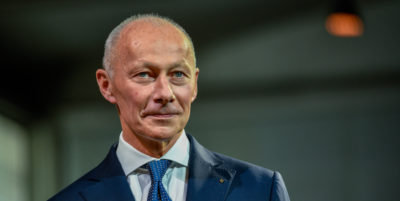Renault: silurato Bolloré. Delbos nuovo CEO ad interim