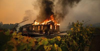 Incendi in California, 40.000 evacuati