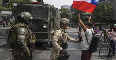 In Cile è stato imposto il coprifuoco