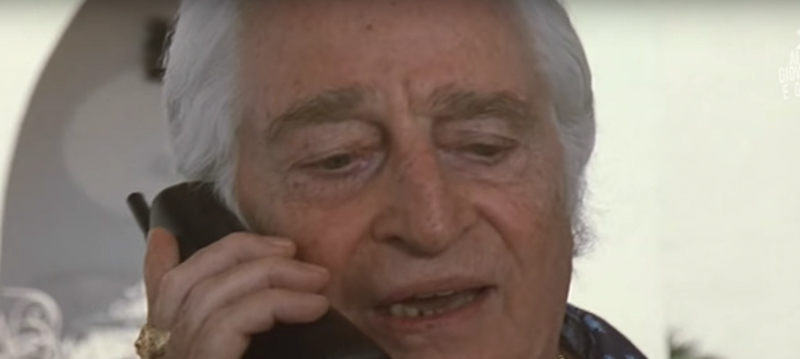 """È morto l'attore Carlo Croccolo, famoso per i film con Totò e per """"Tre uomini e una gamba"""""""